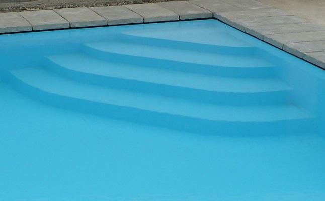 Vasche angolari: una magnifica soluzione per un bagno di design